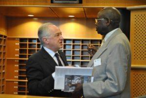 Mr Gakumba Albert ancien président d'Ibuka Mémoire & Justice, et Michel Mahmourian Avocat et ancien président du comité des arméniens de belgique (CAB)